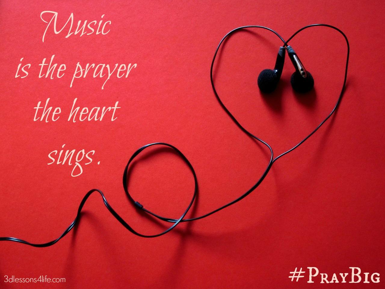 pray big music playlist